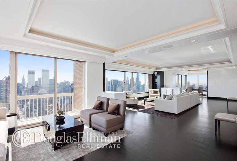 Sky high living inside the penthouses of 10 of manhattan for Condominium for sale in nyc