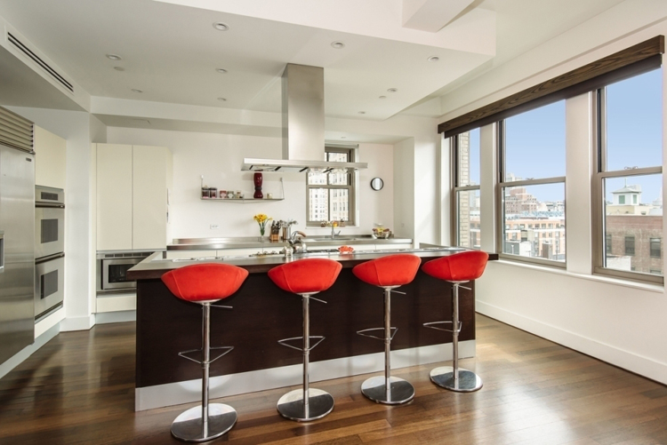 This Greenwich Village kitchen at 147 Waverly Place in Unit 8 features a luxurious chefs kitchen by Valcuccine, complete with not one but two ovens and a surprising two dishwashers. Whip up something special out of the Subzero refrigerator and serve it up at the walnut breakfast bar!