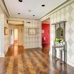 211 Central Park West, 11E Foyer