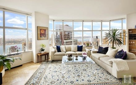 3 Lincoln Center, 46A living room