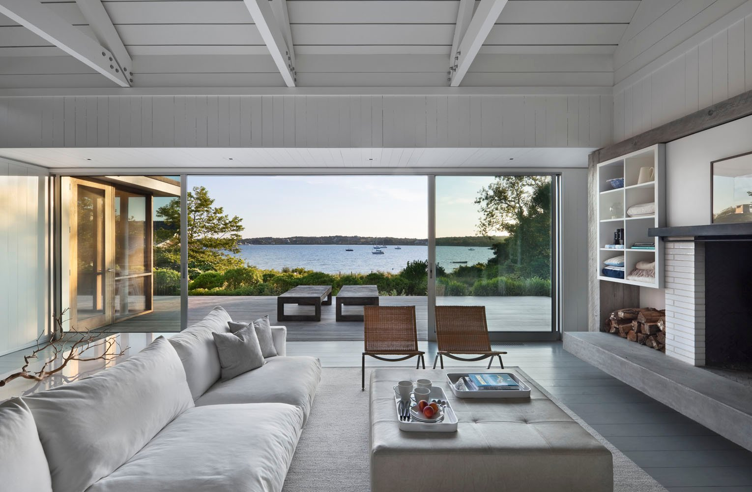 Peaceful montauk lake house is not your average vacation for Coastal contemporary