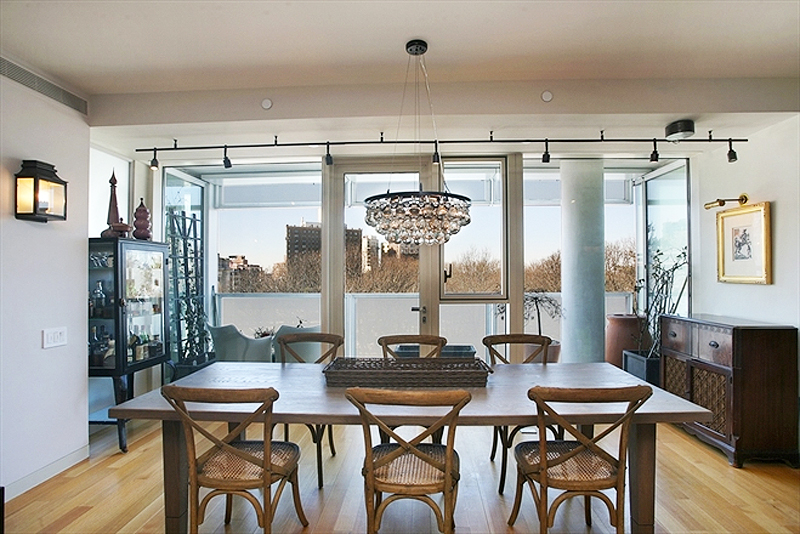 Ken burns, kenneth burns, lily burns, celebrity real estate, nyc real estate, on prospect park, richard meier, richard meier brooklyn