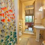 272 Berekley Place bathroom