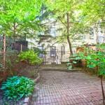 272 Berekley Place garden