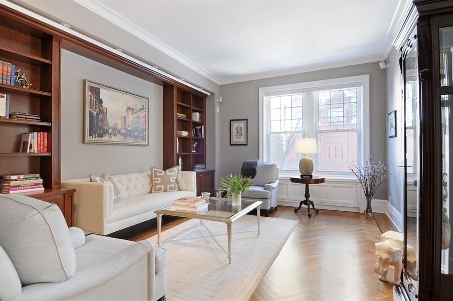 375 West End Avenue, 2AB living room