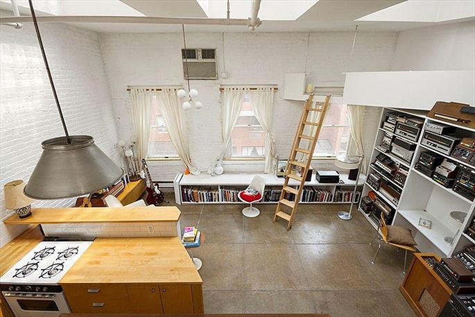 Moby penthouse at 262 mott street 2