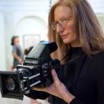 Annie Liebovitz holding a camera