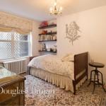 651 Washington Street, NYC rowhouse, west village rowhouse, rowhouse bedroom