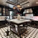 The Plaza, Plaza penthouse, Tommy Hilfiger's Plaza penthouse, bistro-style kitchen