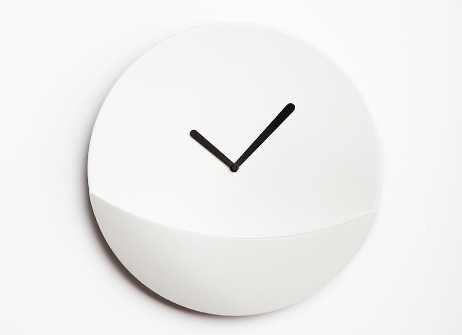 David Raffoul, Kangaroo clock, david/nicolas, contemporary clocks