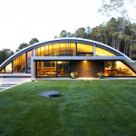 Architect Maziar Behrooz, energy efficient, Green Arc House, airplanes hangars inspiration, East Hampton