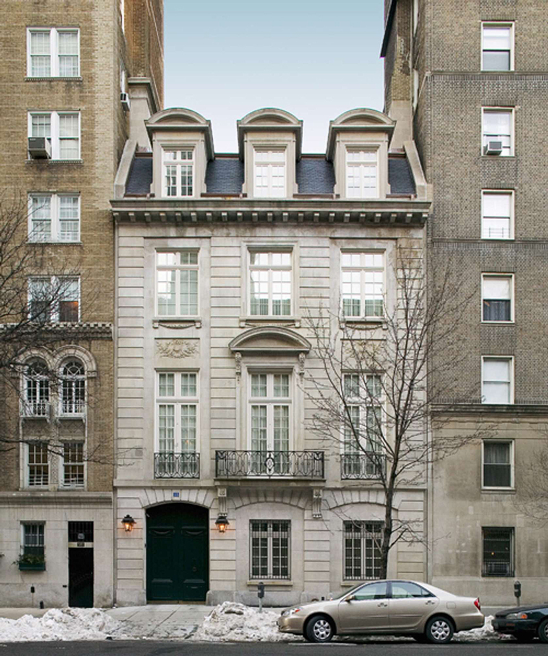 The cartier mansion shines again with the help of andre for Townhouses for sale in manhattan ny