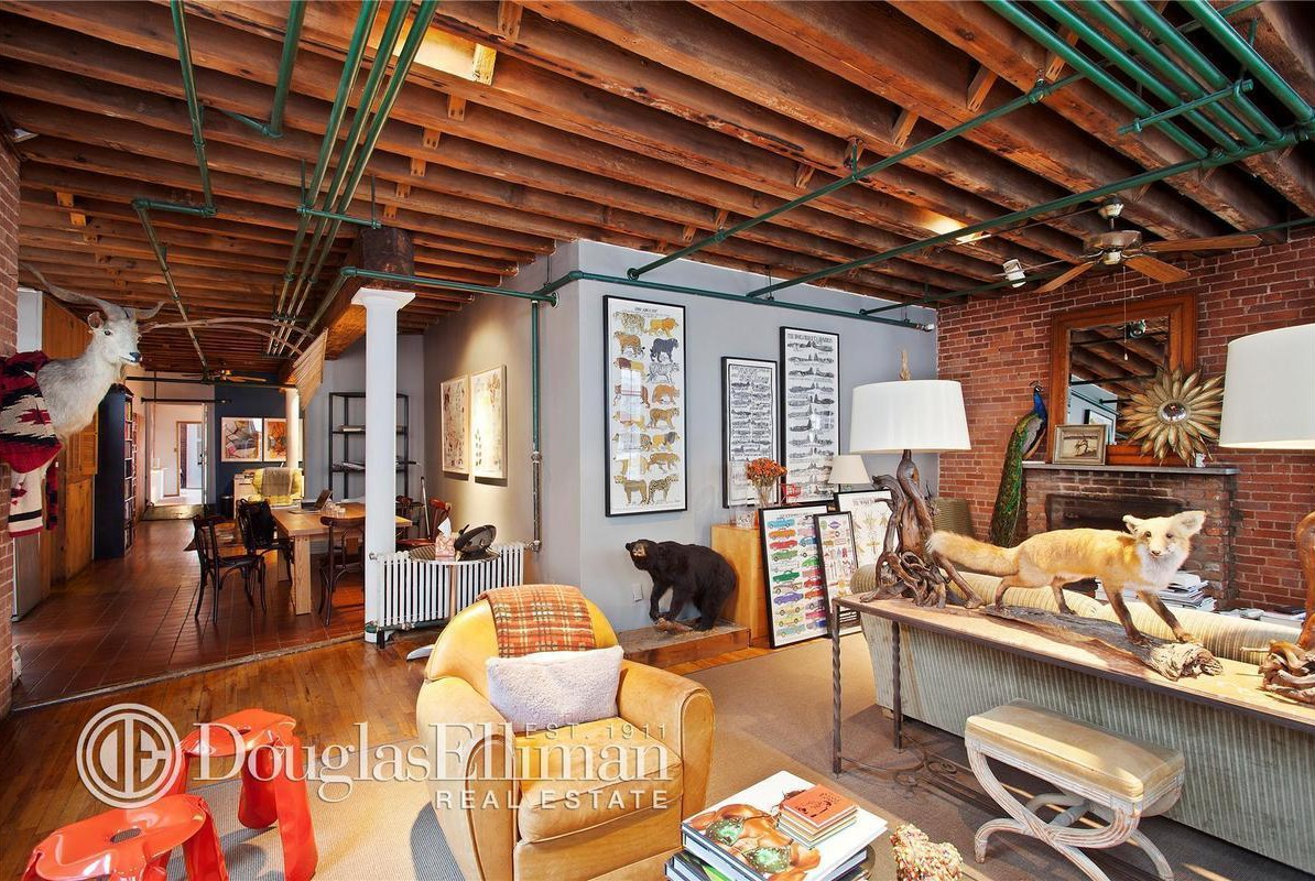 Soho loft with taxidermy tendencies sells for 4 7m 6sqft for Living room west 6 brooklyn