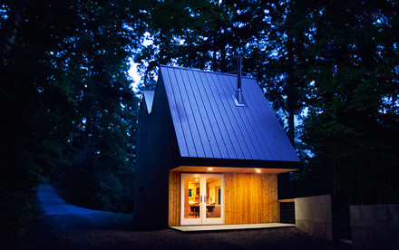 The Polygon Sculpture Studio, Hague, double-gable design, Jeffrey S. Poss, red cedar cladding