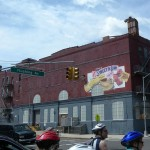 Former Sweet n Low factory on Flushing Avenue in Wallabout. Image: Wikimedia Commons.