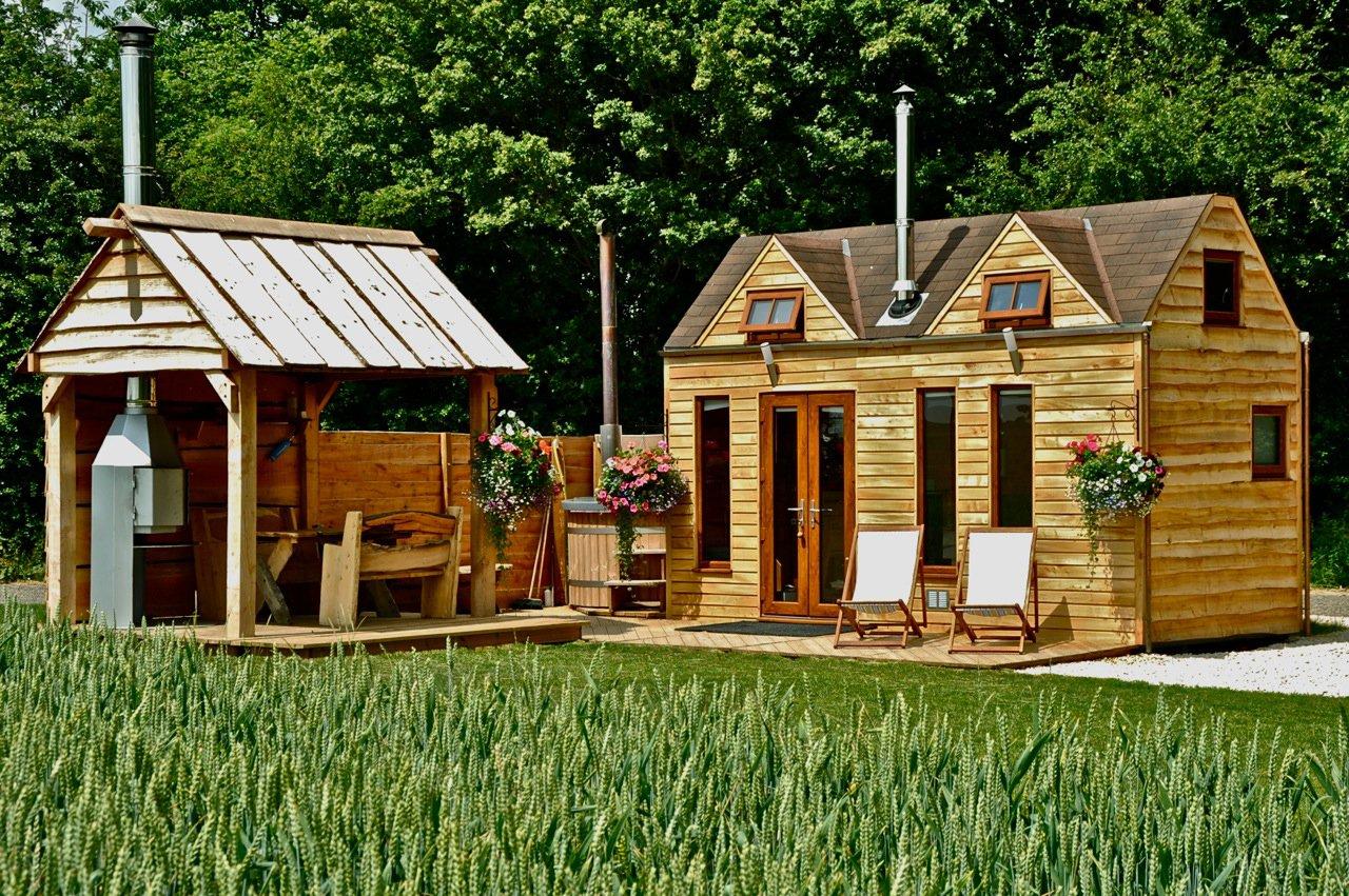 Glamper Tiny House Camper 6sqft