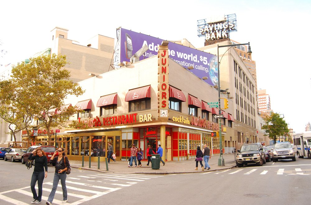 junior's diner - downtown brooklyn