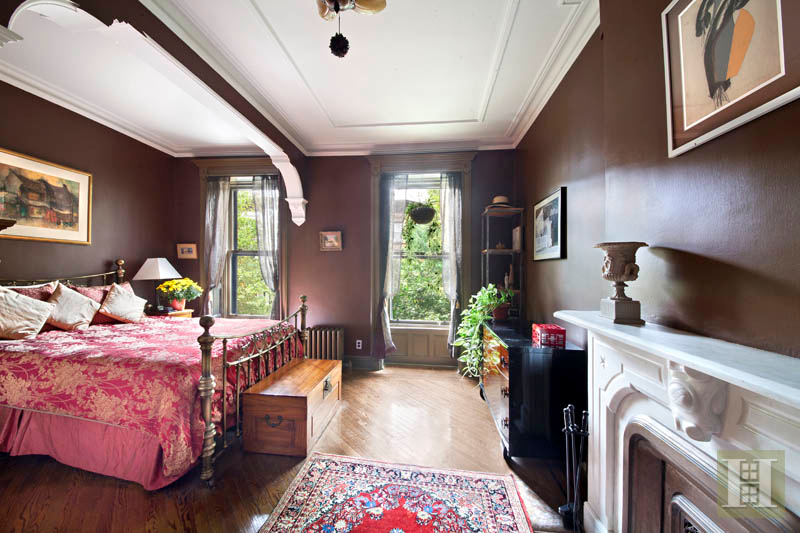 107 St. Johns Place, Park Slope
