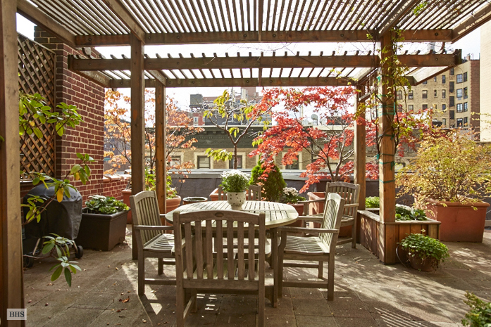 255 West 92nd Street, irrigated rooftop terrace with pergola, country chic renovation
