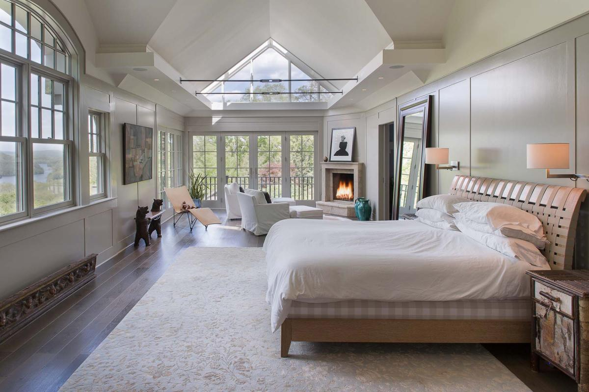 Bruce willis buys 12 million 22 acre site in bedford ny for New house bedroom ideas