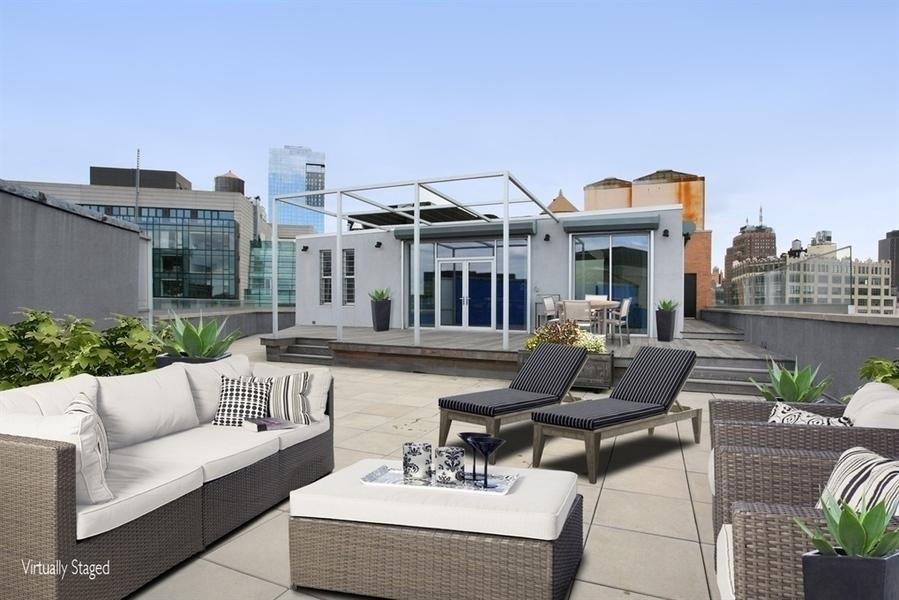 Former r e m frontman michael stipe unloads soho penthouse for 10 river terrace nyc