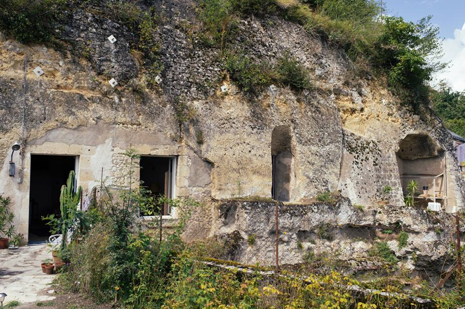 6sqft chez helene amboise troglodyte cave home for Architecture troglodyte
