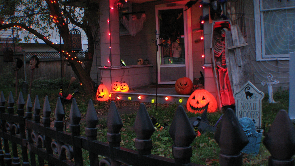 halloween house trick or treat
