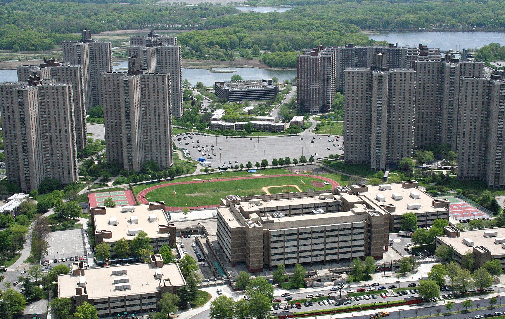 Towers In The Park Le Corbusier 39 S Influence In Nyc 6sqft