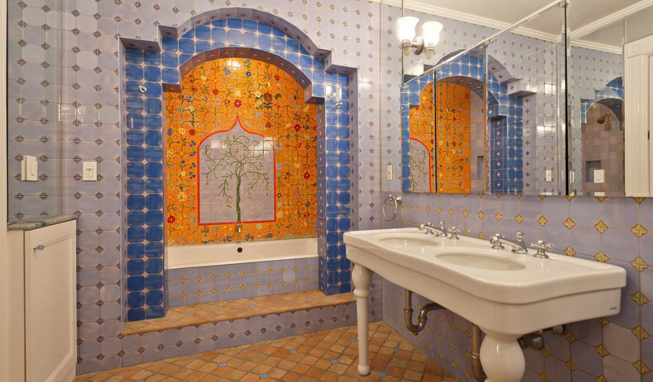 Picturesque upper west side brownstone with skylit art for Bathroom 75 million