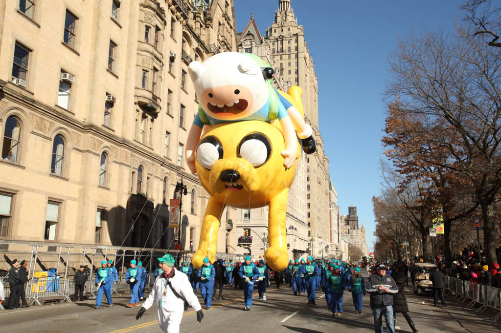 macys thanksgiving day parade, adventuretime's jake and finn