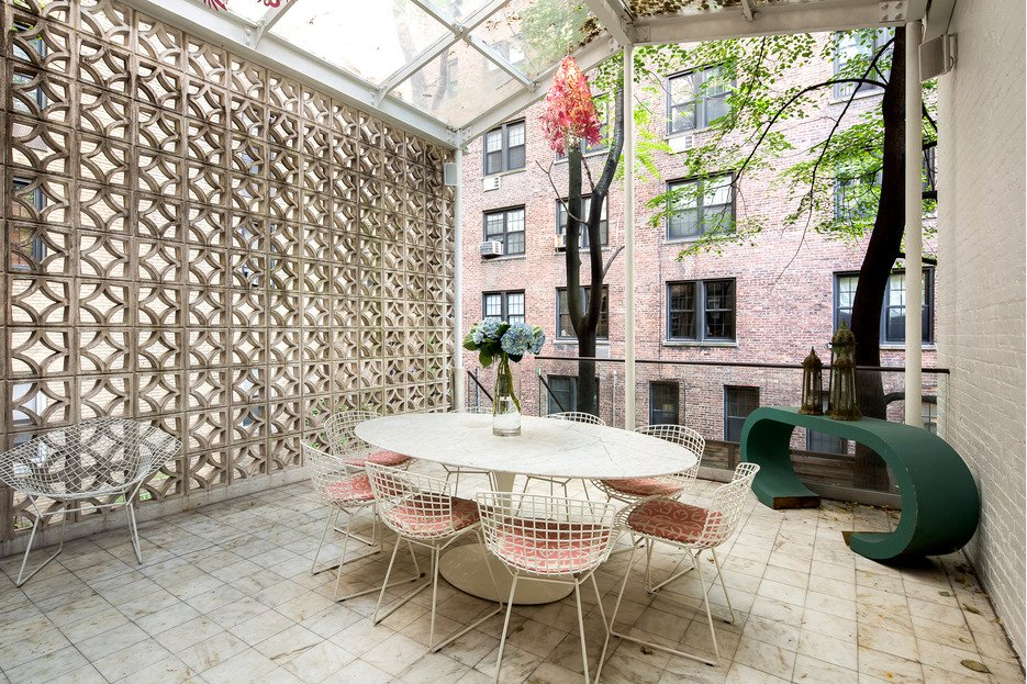 130 East 64th Street, Edward Durell Stone, MoMA, artistic stone grill with geometric shapes