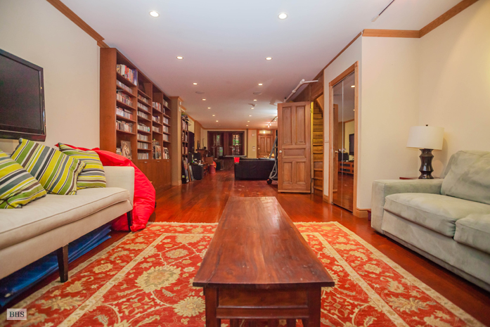 145 West 88th Street, renaissance revival, Louis Finkelstein and Gretna Campbell, original detail