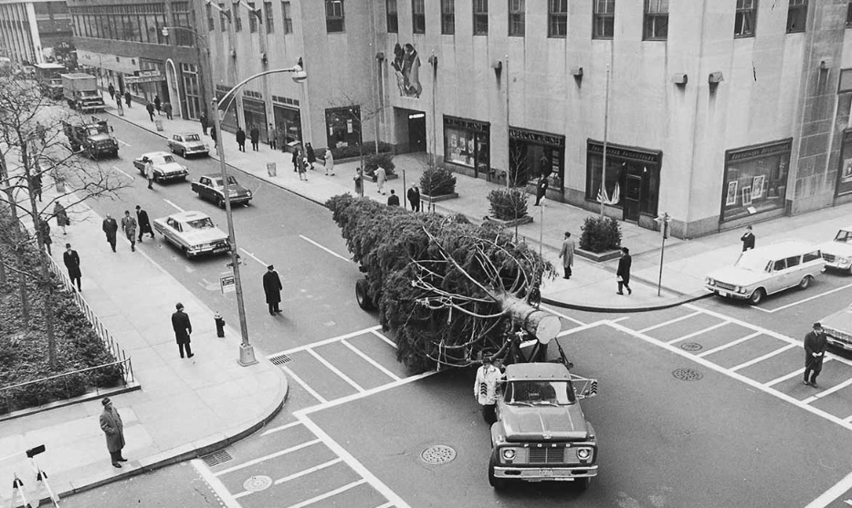 The History of the Rockefeller Center Christmas Tree, a NYC Holiday Tradition | 6sqft