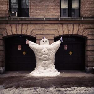 74th Street snowman says congrats @patriots! #superbowl #superbowlXLIX #newenglandpatriots #patriots…