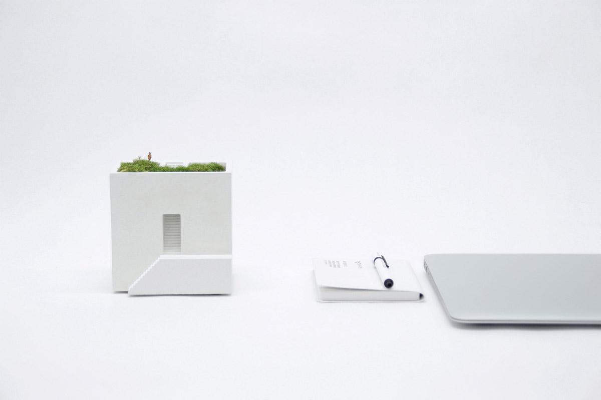Ienami Bonkei planters, Metaphys