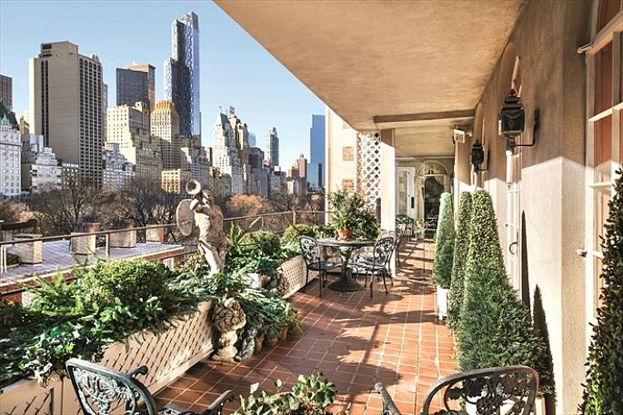 1 East 62nd Street, Joan Rivers, Spencer condominium