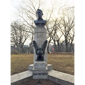 What's with this Edward Snowden statue in Fort Greene Park?…