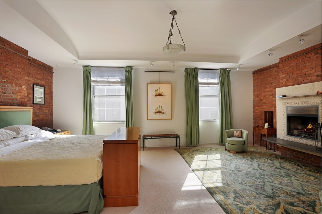 49 East 68th Street, Abby Leigh, landmarked townhome, ground-floor round-arched arcade