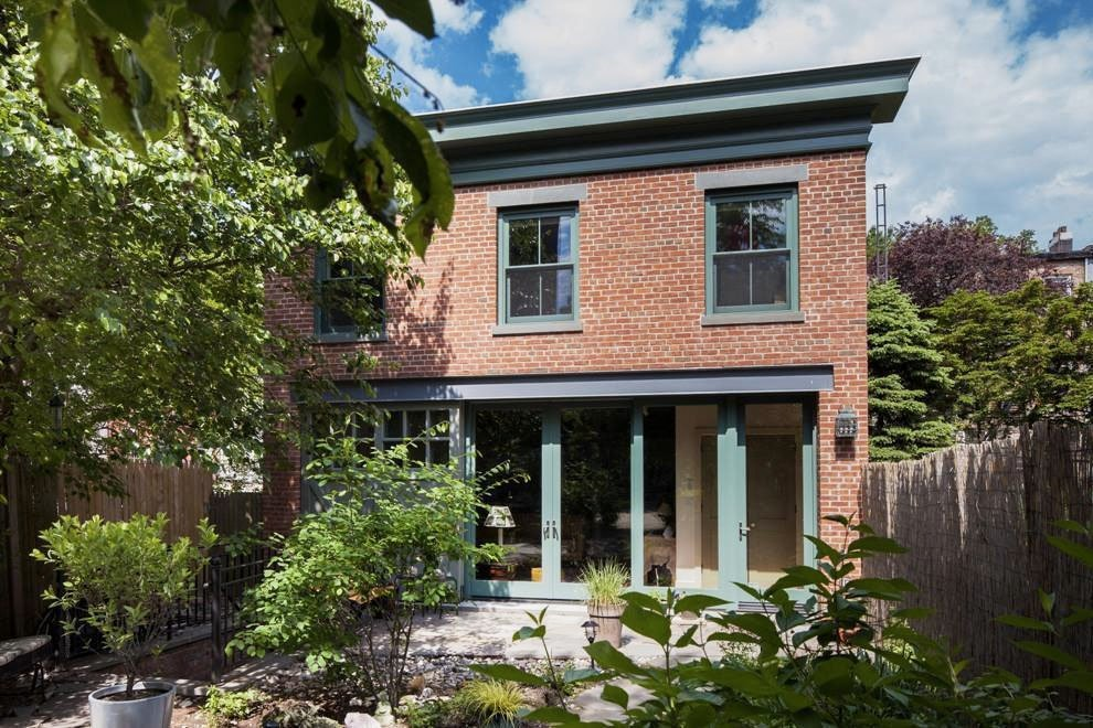 Renovated carroll gardens carriage house comes with a for Carriage house homes