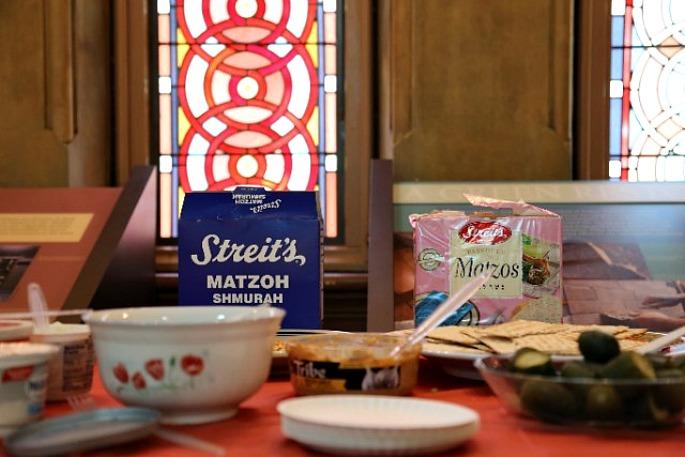 Streit's Matzo, Museum at Eldridge Street, Passover feast