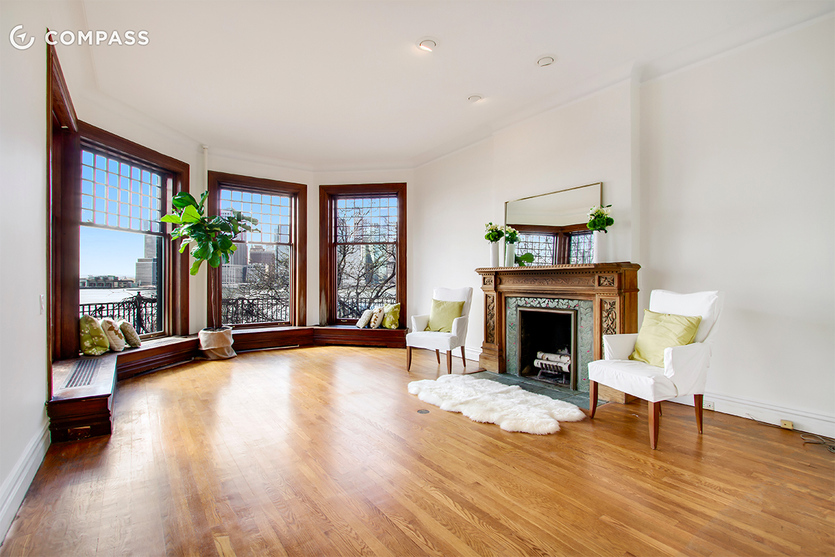 brooklyn heights apartment has amazing windows for amazing views