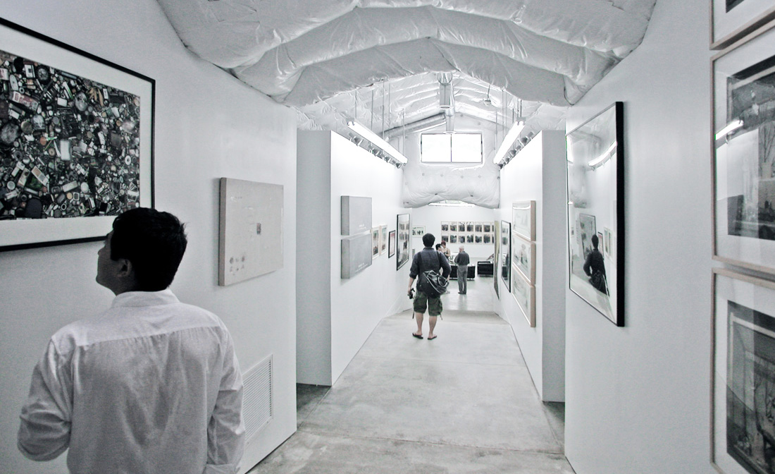 Ai Weiwei, HHF Architects, Artfarm, rural art gallery, PVC foil insulation, Chinese contemporary art, agricultural buildings, galvanized iron sheets