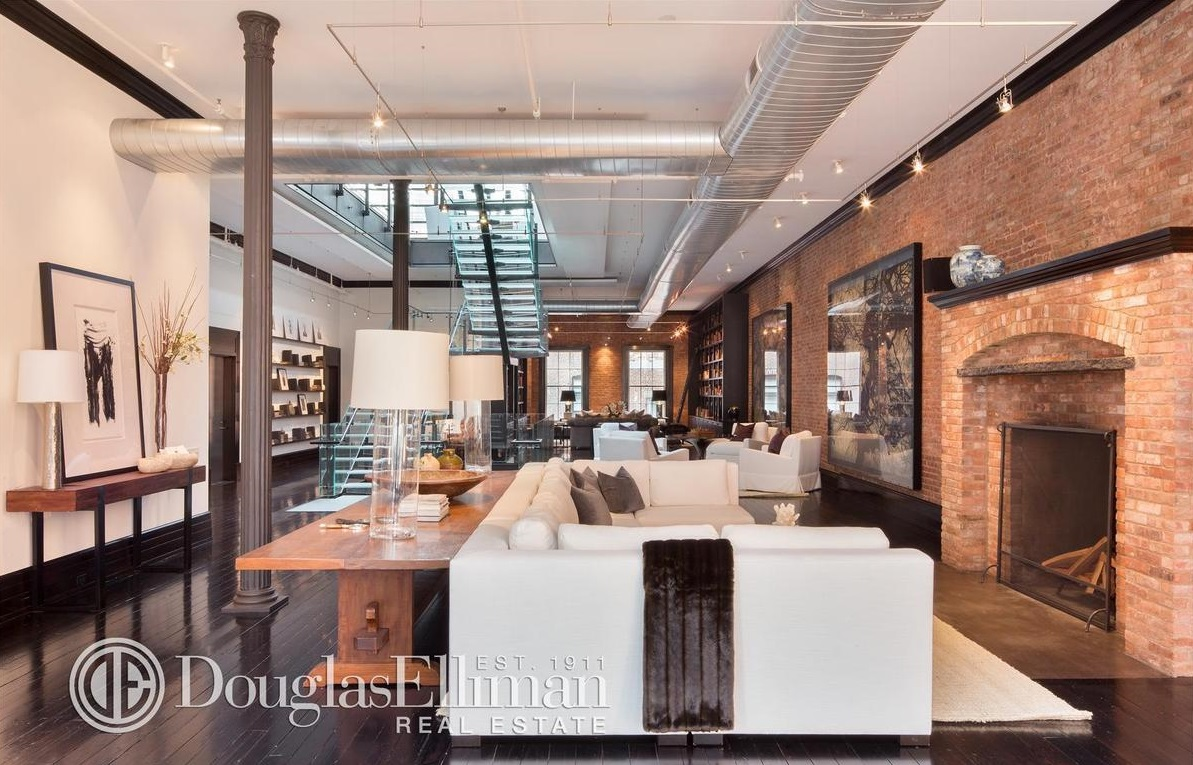 former tribeca mansion now holds spectacular triplex penthouse asking 85 000 a month 6sqft. Black Bedroom Furniture Sets. Home Design Ideas