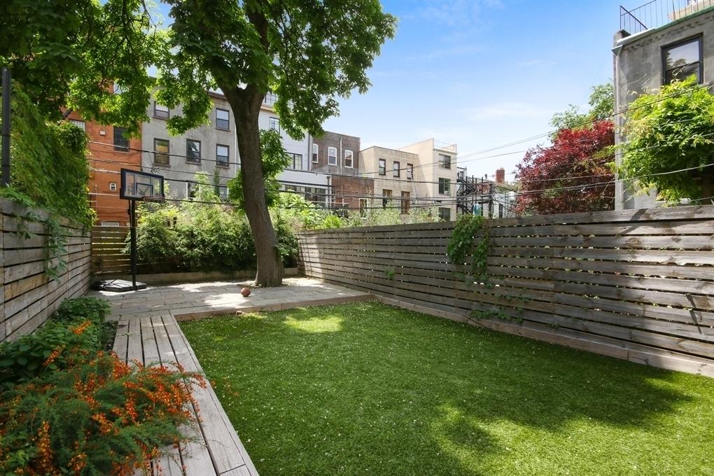 148 baltic street, townhouse, cobble hill, brooklyn, new listing, Mike D, Michael Diamond, Beastie Boys, renovation, interiors, Brooklyn
