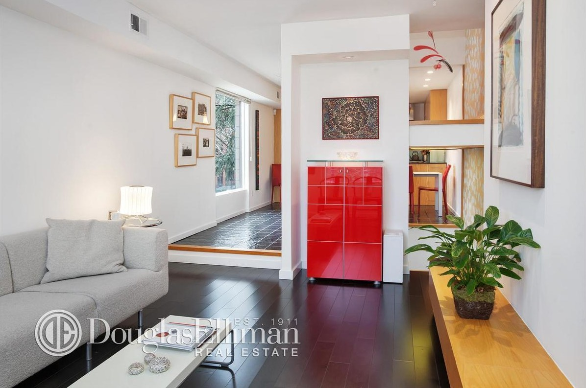 81 Hanson Place, 21 State Street, David Salle, Fort Greene, Brooklyn Heights, Modern townhouse, architecture, cool listings, high low, NYC real estate, brooklyn
