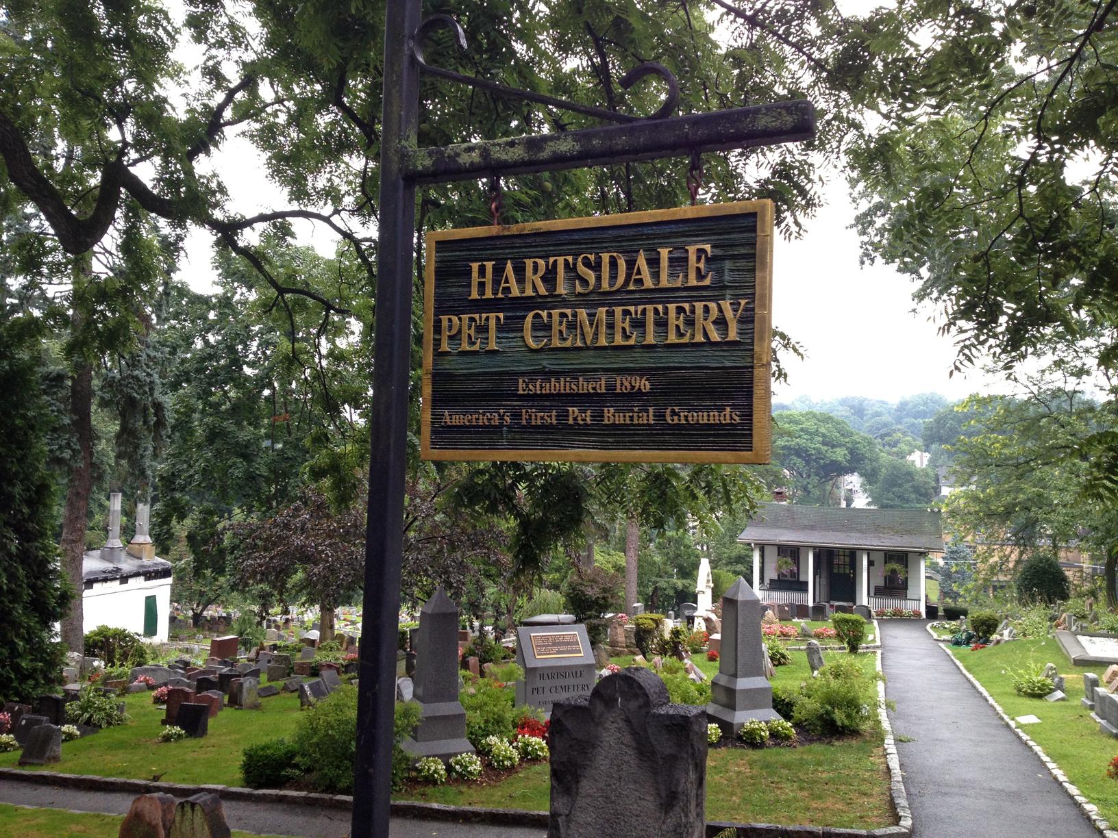 Hartsdale Pet Cemetery, War Dog Memorial, dog mausoleum