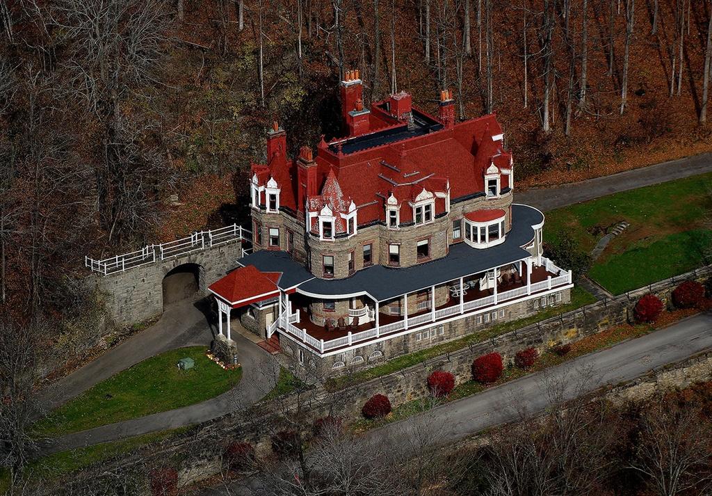 Burrell Overlook Mansion