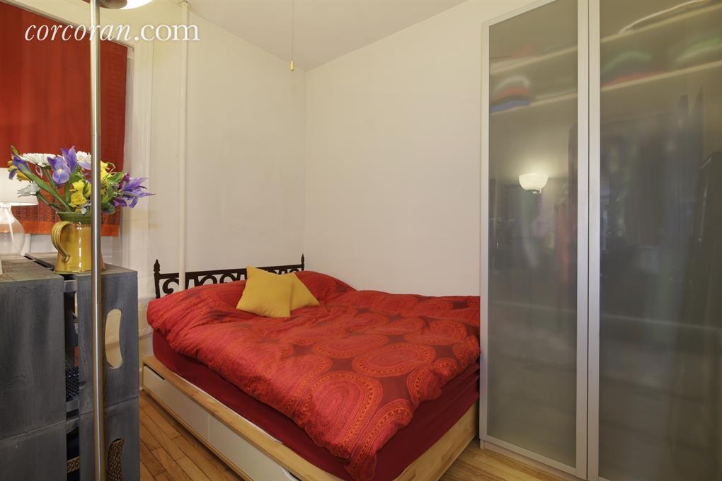 404 3rd Street, Park Slope, bedroom, co-op