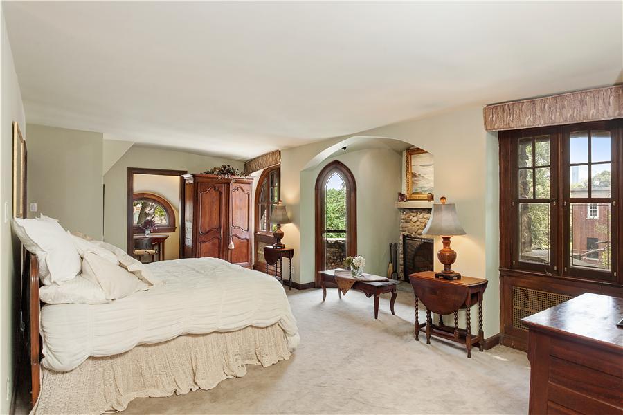 8220 Narrows Avenue, Gingerbread House, Bay Ridge
