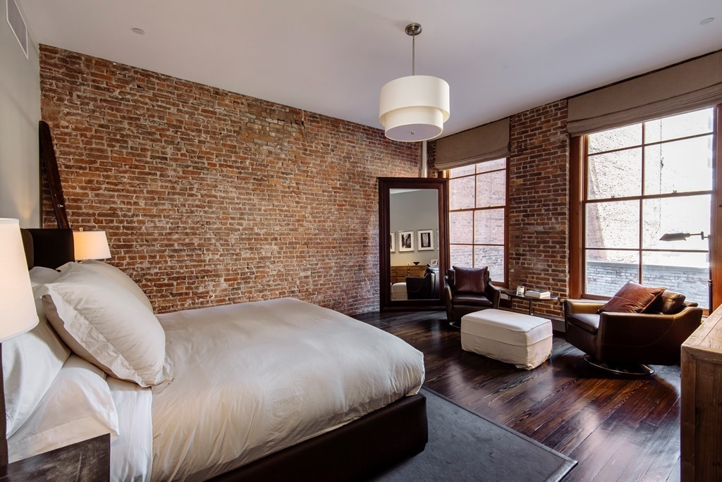 Facebook co founder lists his elegant bespoke soho loft for Loft in manhattan for sale